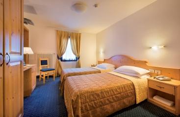 Hotel Cristallo - Skirama Dolomiti Adamello Brenta - Pejo