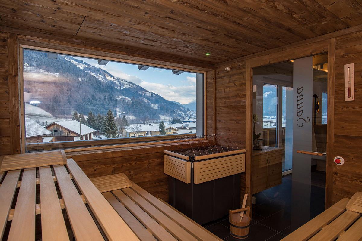Hotel Mölltalerhof SKI OPENING