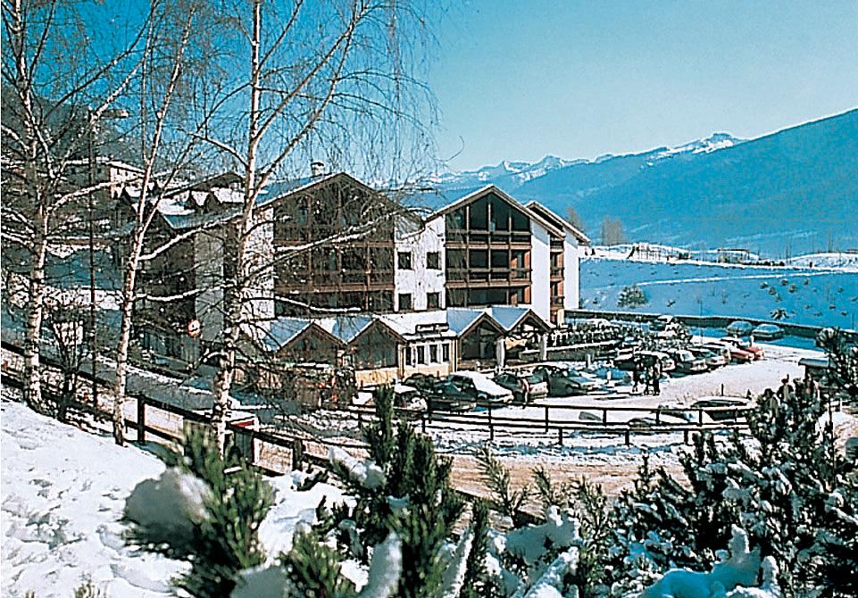 Itálie (Dolomiti Superskix) - lyžování - APARTHOTEL DES ALPES
