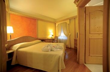 Hotel Ancora - Dolomiti Superski - Val di Fiemme / Obereggen