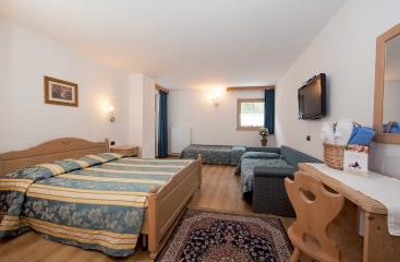 Hotel Villa di Bosco - Dolomiti Superski - Val di Fiemme / Obereggen