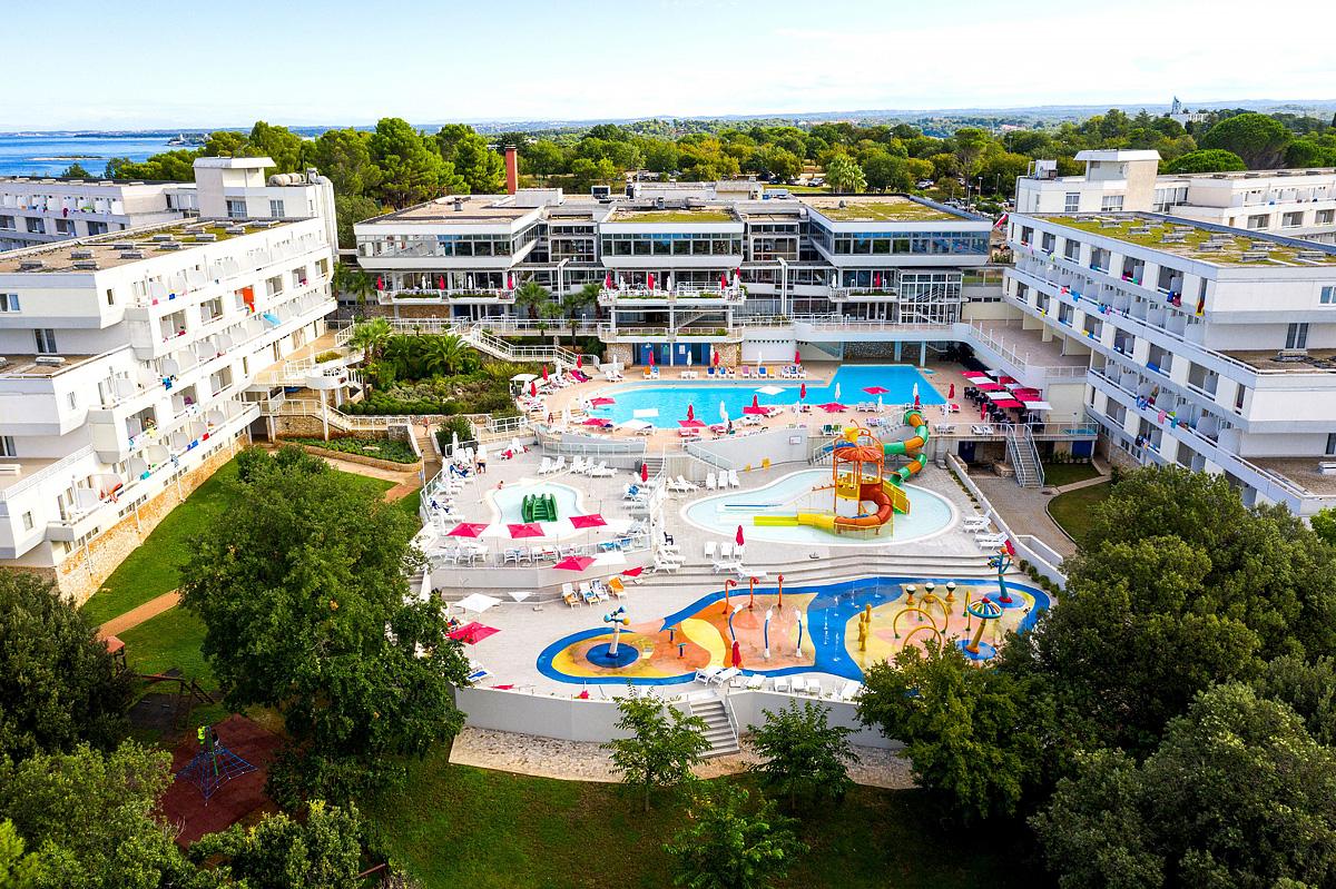 Chorvatsko (Istrie) - dovolená - HOTEL DELFIN