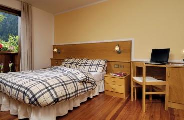 Hotel Biancaneve - Skirama Dolomiti Adamello Brenta - Pejo