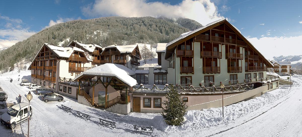 Itálie (Skirama Dolomiti) - Residence Domina