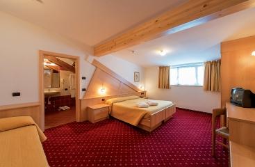 Hotel Italia ***S