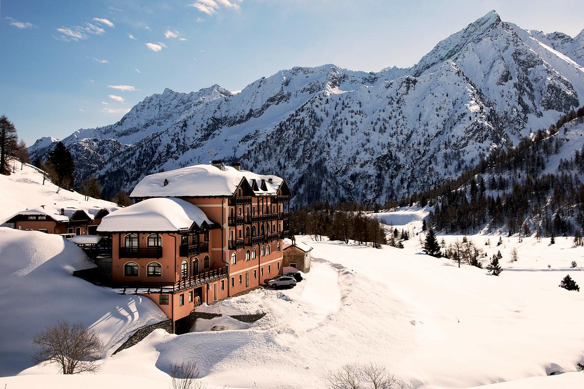 Itálie (Skirama Dolomiti) - lyžování - HOTEL LOCANDA LOCATORI