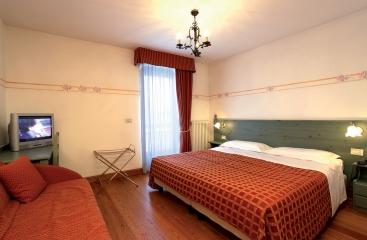 Hotel Locanda Locatori - Skirama Dolomiti Adamello Brenta - Tonale / Ponte di Legno