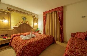 Hotel Orchidea - Skirama Dolomiti Adamello Brenta - Tonale / Ponte di Legno