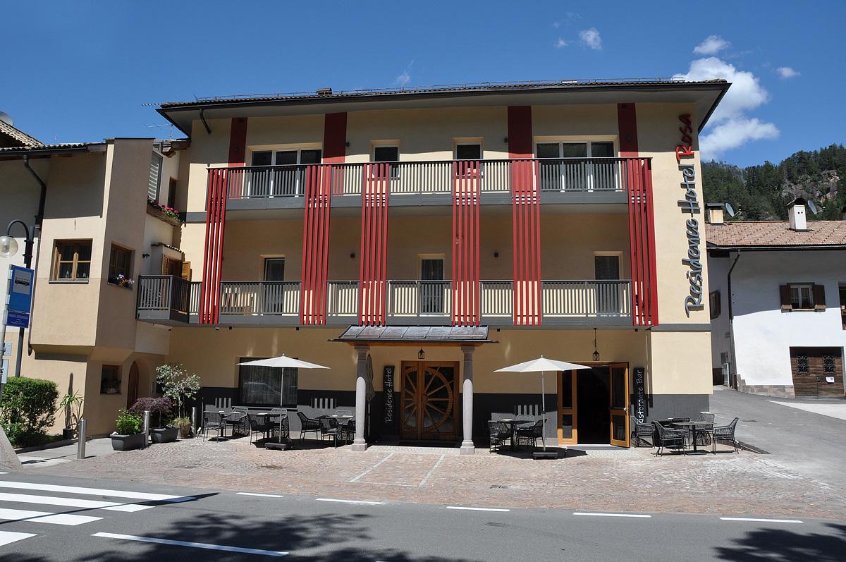 Itálie (Dolomiti Superskix) - lyžování - HOTEL ROSA