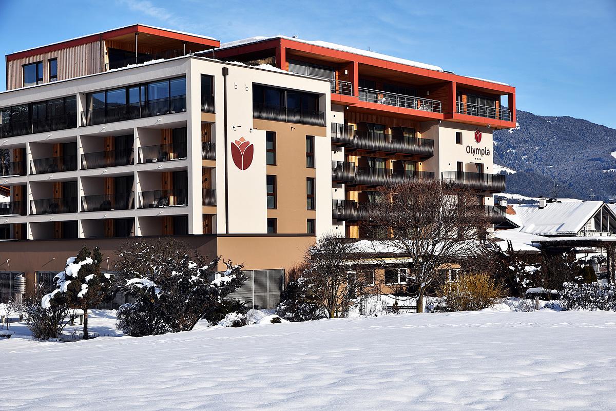 Itálie (Dolomiti Superskix) - lyžování - HOTEL OLYMPIA