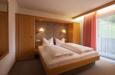 Apparthotel Residence Alpenrose - Dolomiti Superski - 3 Zinnen - Tre Cime Dolomiti