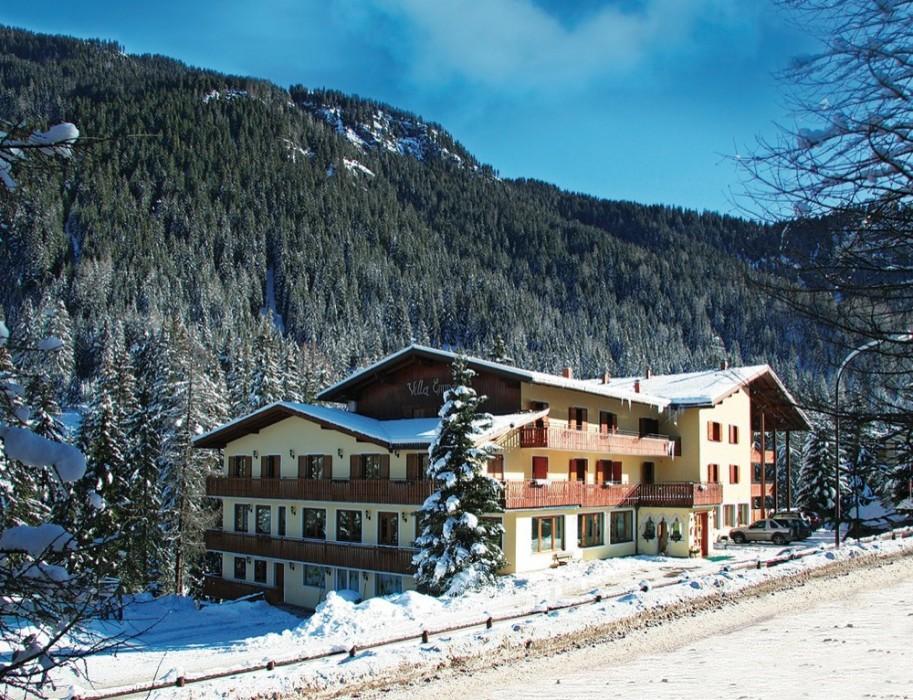Itálie (Dolomiti Superski) - lyžování - HOTEL VILLA EMMA