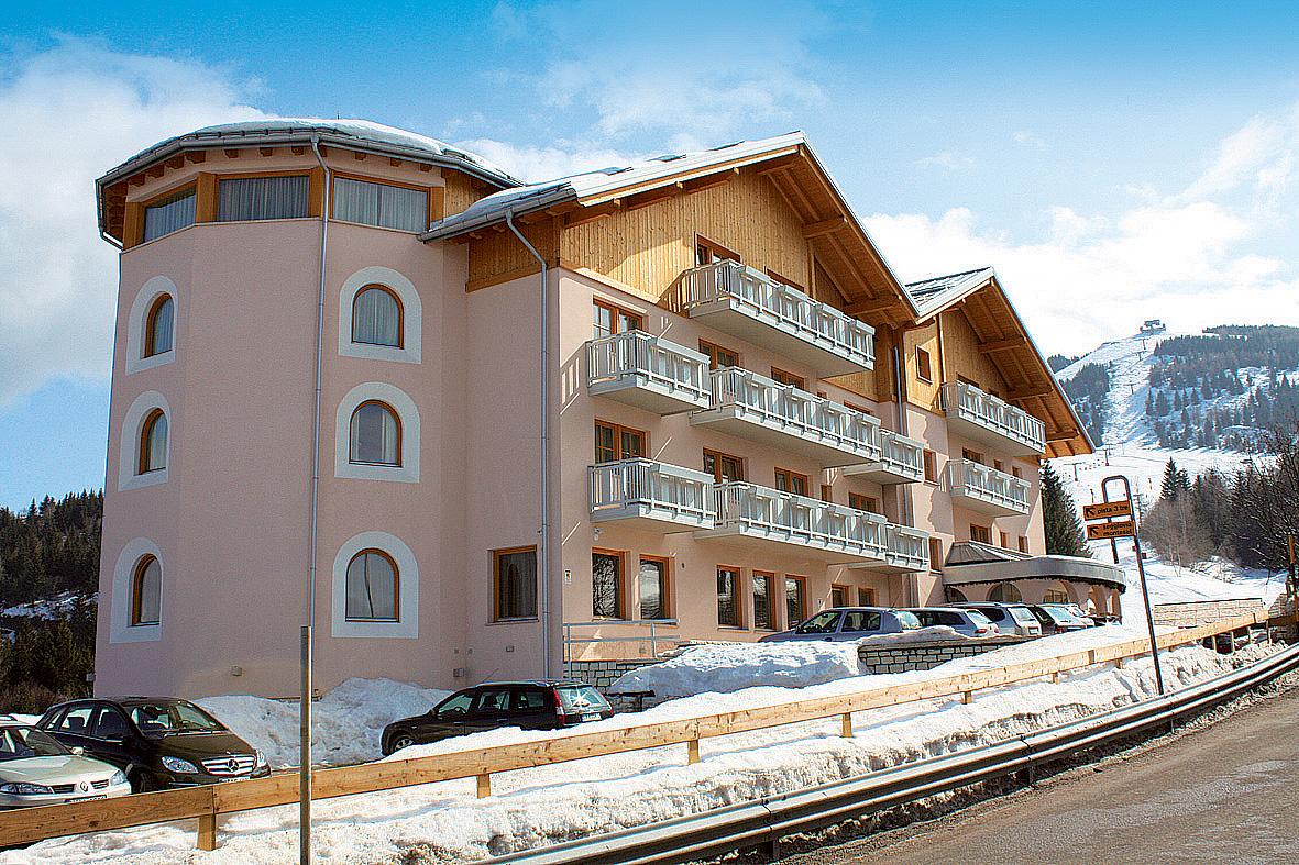 Itálie (Skirama Dolomiti) - lyžování - WELLNESS HOTEL NORGE