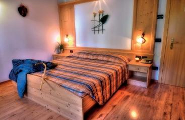 Hotel Caminetto Mountain Resort - Skirama Dolomiti Adamello Brenta - Folgaria / Lavarone