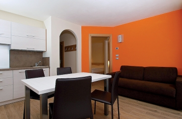 Apparthotel Nele - Dolomiti Superski - Val di Fiemme / Obereggen