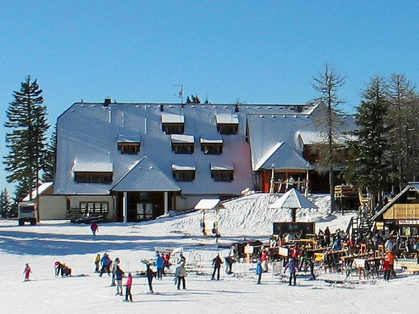 Slovinsko (Kamnicko-Savinjské Alpy) - lyžování - HOTEL KRVAVEC