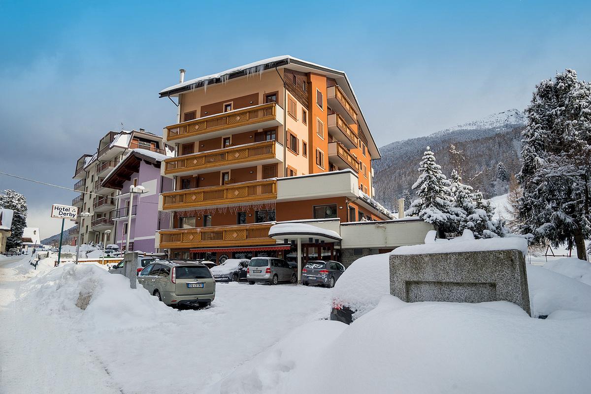 Itálie (Valtellina) - lyžování - HOTEL DERBY