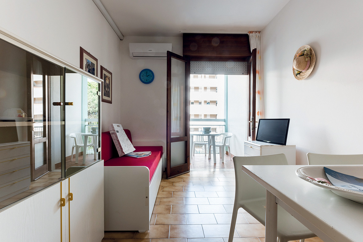 Apt. dům Athena / Isola Clara