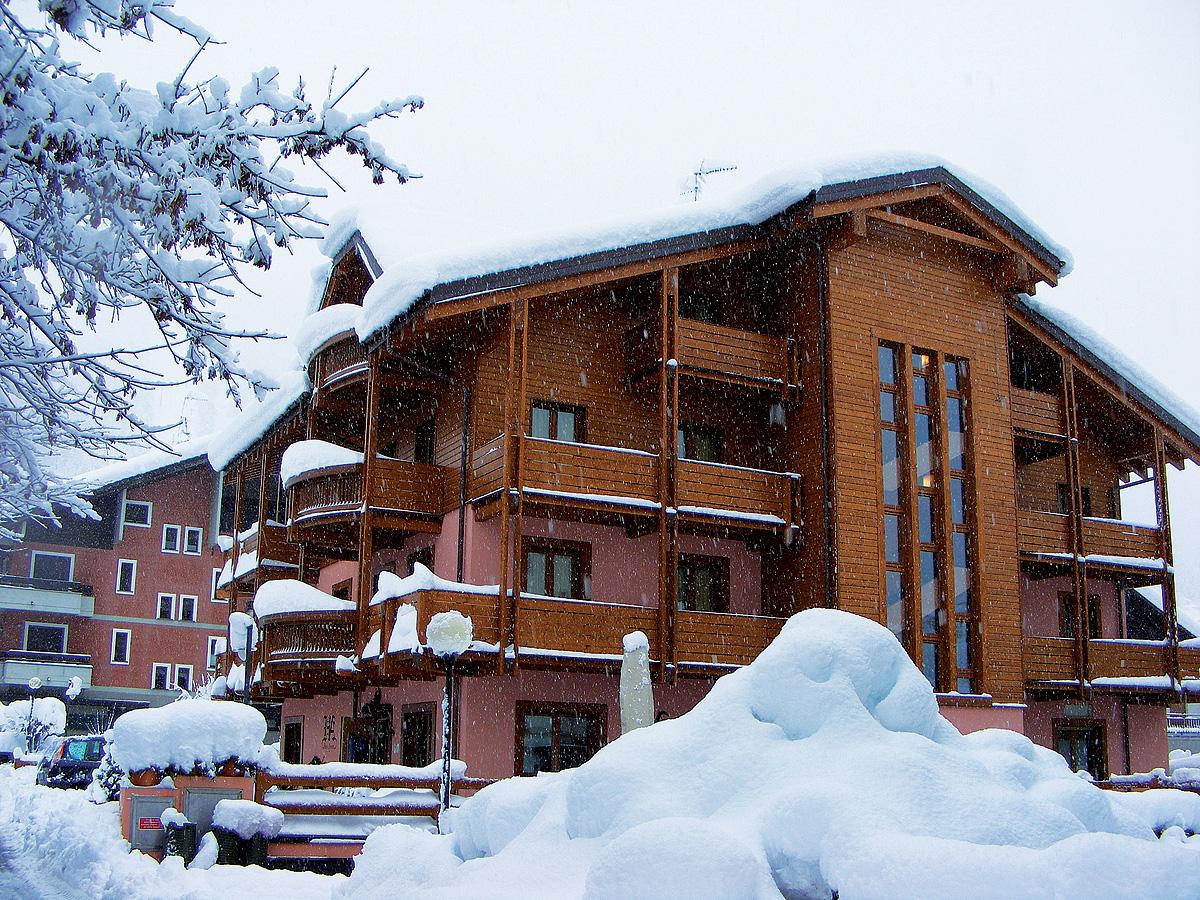 Itálie (Valtellina) - lyžování - HOTEL ARISCH