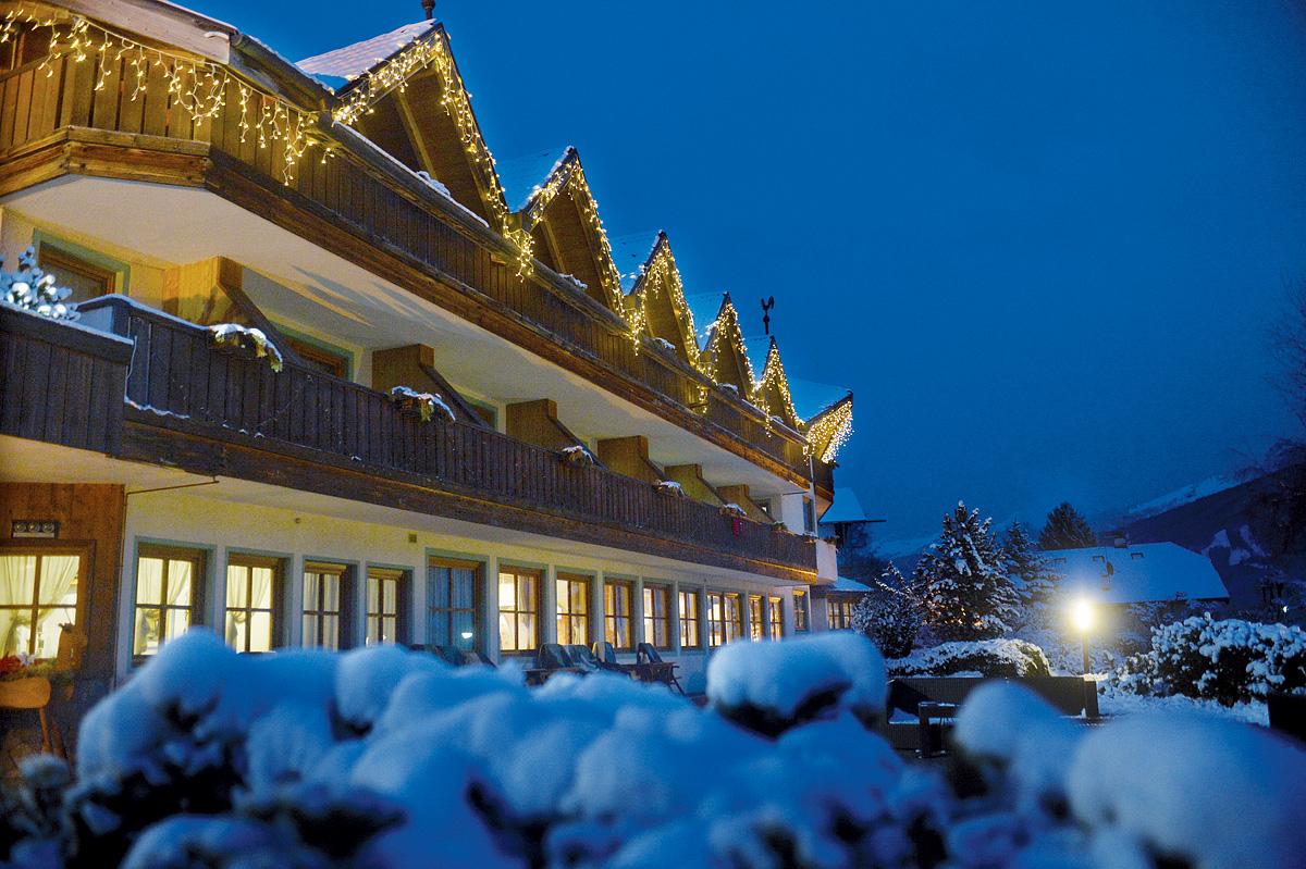 Itálie (Dolomiti Superskix) - lyžování - PARK HOTEL BELLACOSTA