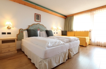 Park Hotel Bellacosta - Dolomiti Superski - Val di Fiemme / Obereggen