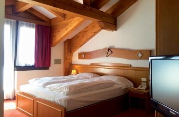 Hotel Collini - Skirama Dolomiti Adamello Brenta - Madonna di Campiglio - Pinzolo