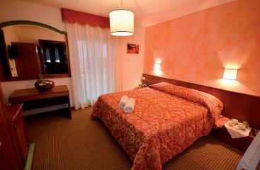 Hotel Italo - Skirama Dolomiti Adamello Brenta - Madonna di Campiglio - Pinzolo
