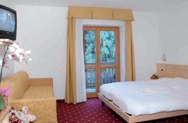 Hotel Fantelli - Skirama Dolomiti Adamello Brenta - Marilleva / Folgarida