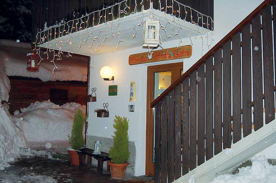 Itálie (Valtellina) - lyžování - GARNI HOTEL APRICA