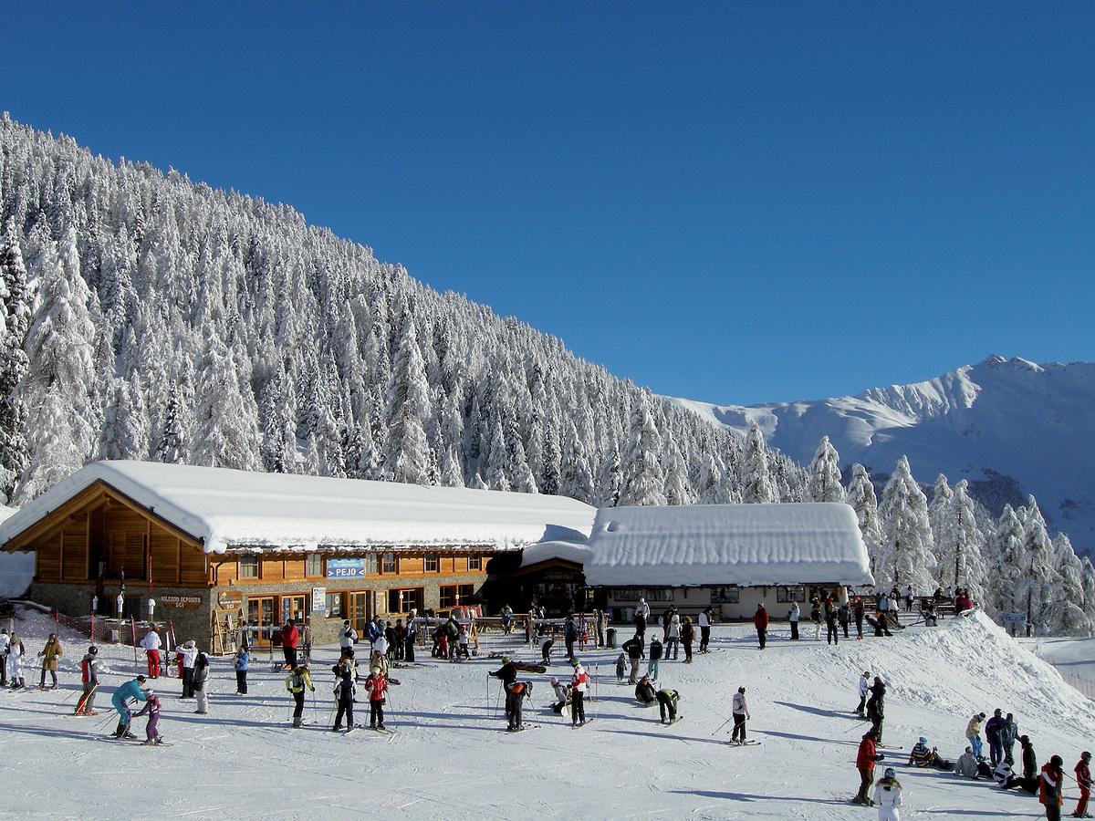 Itálie (Skirama Dolomiti) - lyžování - HOTEL RIFUGIO SCOIATTOLO