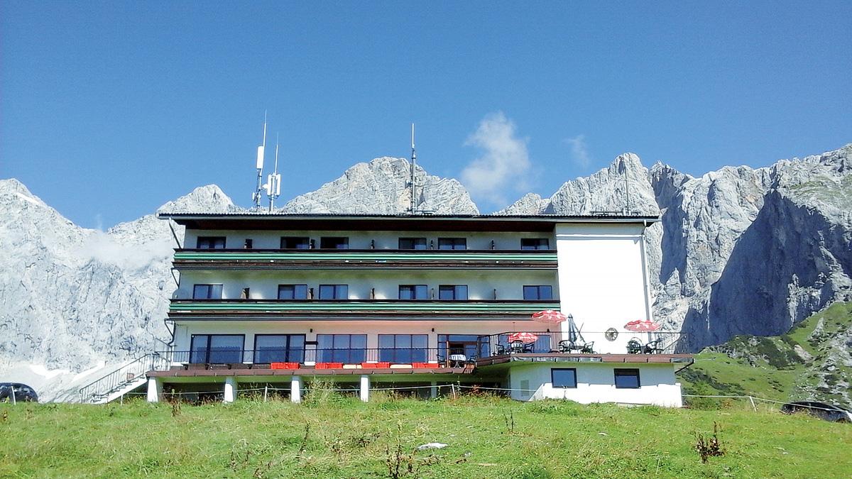 Rakousko (Rakouské Alpy a jezera) - _frontend_tour_type_alt_H - BERGHOTEL DACHSTEIN