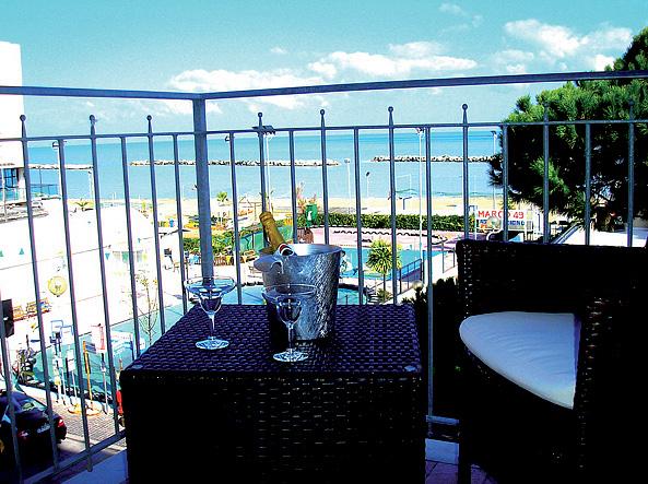 Itálie (Jižní Jadran) - dovolená - HOTEL PLAYA