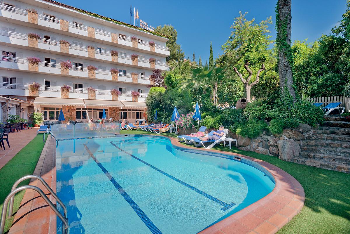Španělsko (Costa Brava) - dovolená - HOTEL GHT NEPTUNO