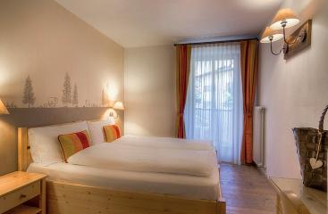 Hotel Madonnina - Dolomiti Superski - Alpe Lusia / San Pellegrino - Tre Valli
