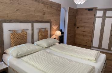 Hotel Edelweiss - Bierhotel Loncium ***